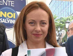 Giorgia Meloni (nella foto), Toscani la insulta, Gasparri: chieda i danni. Salvini gli costò già...