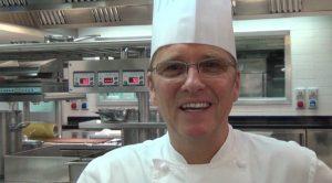 """Heinz Beck, lo chef stellato confessa: """"Quando cucina mia suocera è una goduria"""""""
