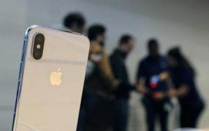 """Apple iPhone 7, 8 e X: vendita bloccata in Germania. """"Brevetti violati"""""""