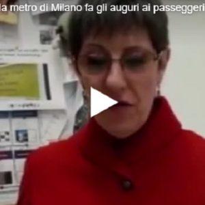 Atm: Lorena, la voce della metro di Milano fa gli auguri di Buone Feste ai passeggeri VIDEO