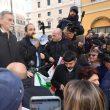 """Manovra, Pd in piazza davanti alla Camera. """"Salvini-Di Maio autisti ubriachi"""" 06"""