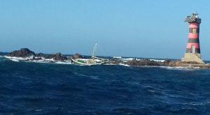 Portoscuso, esce in mare per una battuta di pesca: disperso 71enne (foto Ansa)