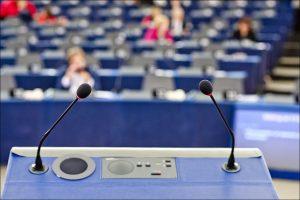 Attentato Strasburgo, deputati blindati nell'Europarlamento mentre è in corso un dibattito sul terrorismo