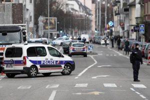 Strasburgo, blitz della polizia nel quartiere Neudorf, dove abitava Cherif Chekatt