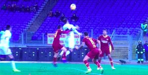 Roma-Genoa, Florenzi spinge Pandev: rigore negato ai rossoblù. VIDEO-FOTO
