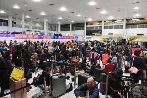 Londra, droni sulla pista di Gatwick: aeroporto chiuso 2