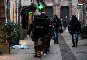 "Attentato Strasburgo: sparano a Cherif Chekatt, su BMF TV ""I shot the Sheriff"" in sottofondo"
