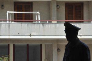 Voghera, cade dal balcone di casa: morta ragazzina di 12 anni
