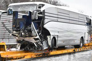 Zurigo, incidente ad un pullman Flixbus partito da Genova: una vittima, 44 feriti. Tre sono gravi