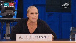 Amici, Alessandra Celentano: la punizione per il telefono squillato in classe
