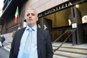 """Matteo Camiciottoli (Lega) dovrà risarcire 20mila euro a Laura Boldrini: da sindaco scrisse """"mandatele gli stupratori"""""""