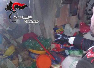 Filogaso (Vibo Valentia), costretta ad 11 anni a vivere tra i rifiuti1