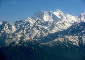 Himalaya, valanga travolge 10 persone: 3 morti e 7 dispersi