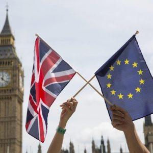Brexit, un labirinto spiegato in 4 punti, con l'incubo del terrorismo irlandese