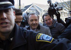 Kevin Spacey in tribunale: si difende da accuse molestie