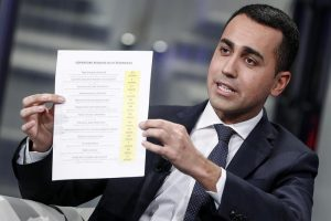 Reddito di cittadinanza agli stranieri in Italia da 10 anni: chi può richiederlo