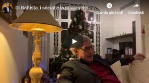 """Vittorio Sgarbi contro Alessandro Di Battista: """"Sfrutti tuo figlio, mi fai ca***e"""""""