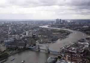 Londra, anguille iperattive nel Tamigi: colpa della troppa cocaina