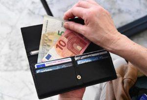 Tasse: sconti ai finti poveri e flat tax premia furbi del fatturato