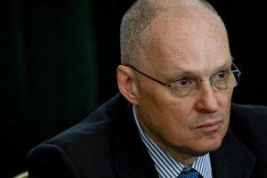 Walter Ricciardi attacca il governo: E' antiscientifico