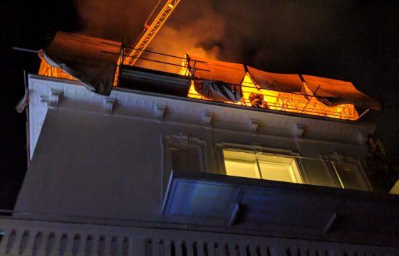 Milano, incendio in via Porpora: l'intervento dei Vigili del Fuoco 2