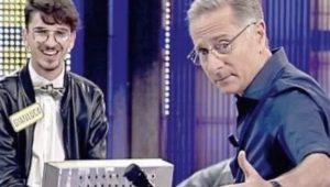 """Avanti un altro, il concorrente Gianluca Forte massacrato di insulti: """"Basta, vado dai carabinieri"""""""
