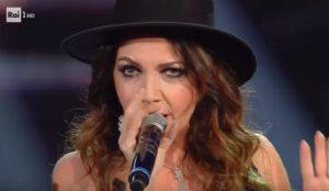 YOUTUBE Sanremo 2019, Cristina D'Avena canta con Federica Carta e Shade