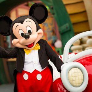 Ron Miller è morto. Genero di Walt Disney, fu produttore di molti classici