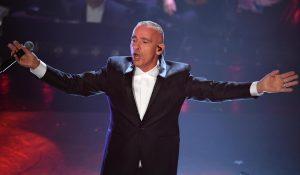 Sanremo 2019: Eros Ramazzotti anima l'Ariston e duetta con tutti