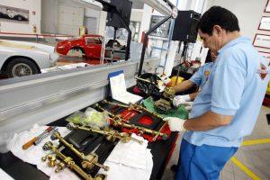 """Fattura elettronica: i troppi """"non posso"""" di benzinai, supermercati, officine..."""