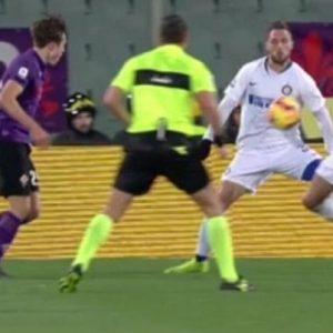 Var, queste le regole del calcio: rigore è quando arbitro...