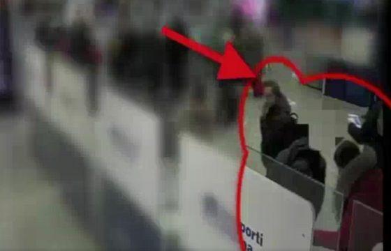 Aeroporto Fiumicino, prova a rubare borsa a coppia di francesi: arrestato4