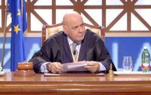 """Francesco Foti, l'ex giudice di """"Forum"""": """"Mi hanno mandato via in cinque minuti"""""""