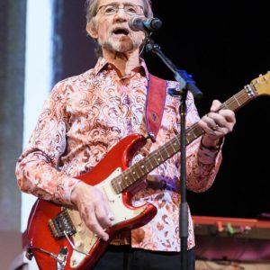Peter Tork è morto: addio al leader dei Monkees. Aveva 77 anni
