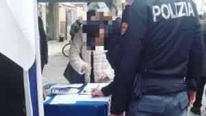 Ascoli Piceno: due poliziotti in divisa al banchetto pro-Salvini. La Questura indaga