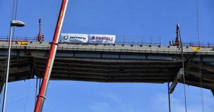 Ponte Morandi, via a demolizione moncone ovest4