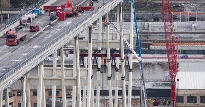 Ponte Morandi, via a demolizione moncone ovest3
