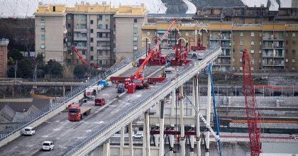 Ponte Morandi, via a demolizione moncone ovest1
