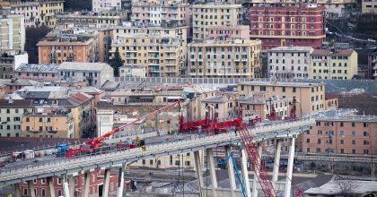 Ponte Morandi, via a demolizione moncone ovest7