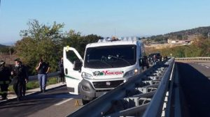 Oliena (Nuoro): assalto al portavalori, rubato carico di sigarette