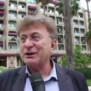 """Red Ronnie: """"La Lega fa bene. In Francia per legge in radio una canzone su due è francese"""""""