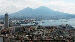 Vesuvio, piano sgombero eruzione bocciato: sfollati restano in Campania