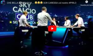 """Caressa-Pirlo, gelo in diretta tv (VIDEO). Il giornalista: """"Mi stai dando del cretino?"""""""