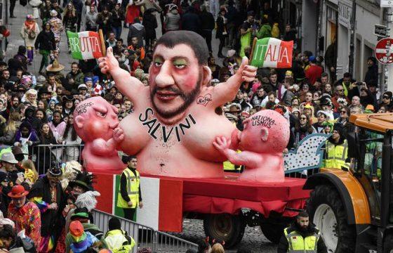 Salvini allatta Razzismo e Nazionalismo1