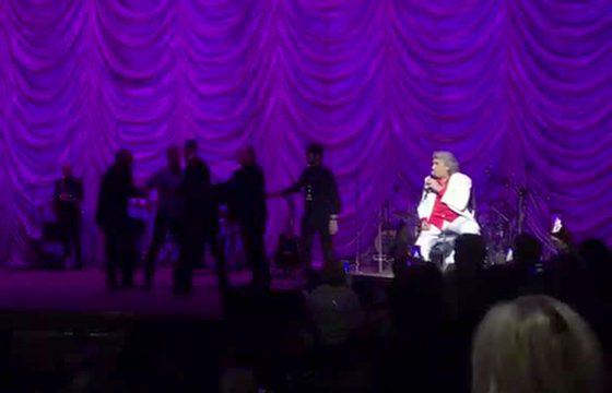 Toto Cutugno, tensione al concerto di Kiev