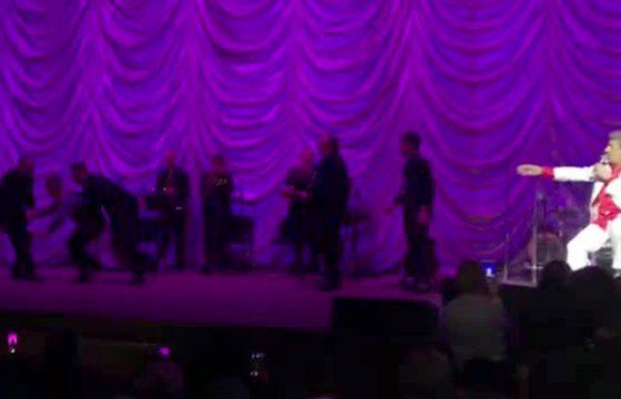 Toto Cutugno, tensione al concerto di Kiev5