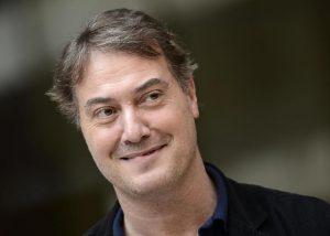 """Corrado Guzzanti: """"Truffato dal mio amico manager, casa pignorata, un buco da quasi un milione di euro"""""""