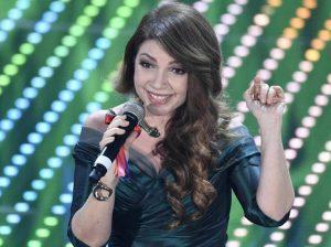 """Domenica Live, Cristina D'Avena: """"Quando vado in discoteca mi dicono Escile e Puffale..."""""""