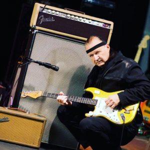 Dick Dale, il re della chitarra surf, è morto. Con Pulp Fiction la consacrazione definitiva