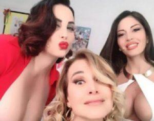 Pomeriggio 5, Barbara D'Urso foto con Francesca Giuliano e Floriana Messina: insultata